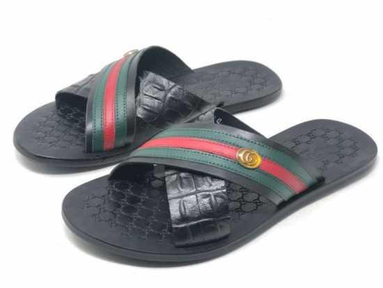 Gucci Crossed Palm Black