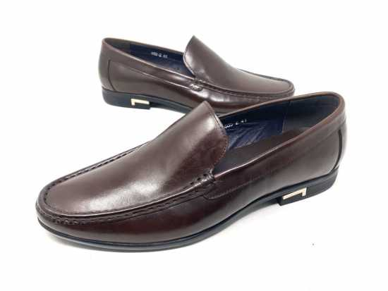 Valentino Plain Loafers Brown