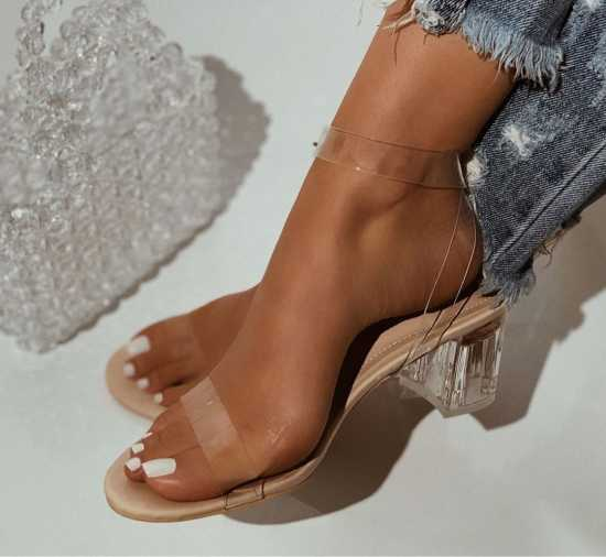 CAPE ROBBIN Low Heel Sandal