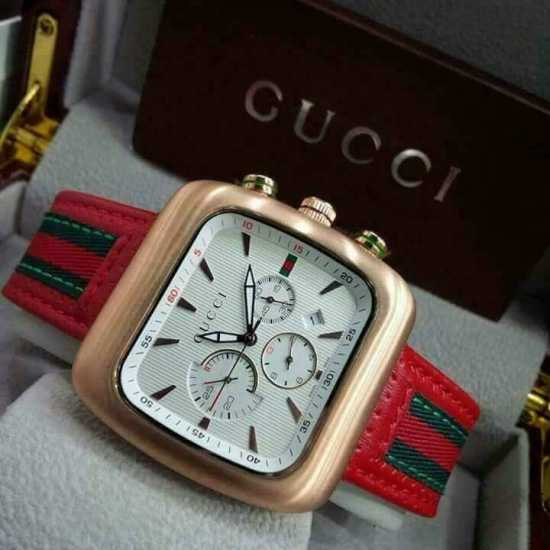 Gucci Black Leather Mens Watch